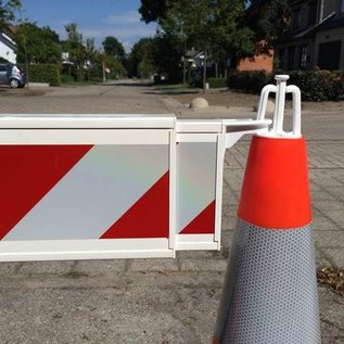 Telescopic barriers