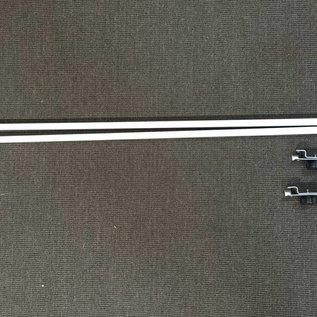 Horizontale bar voor bevestigen van halve zijwand