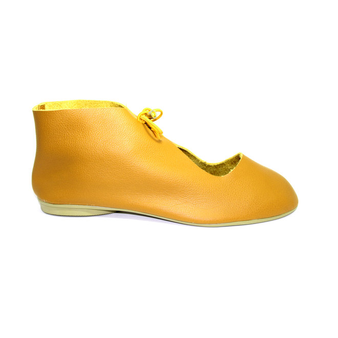 """SHOES """"NORA"""" SOFT LEATHER - MUSTARD - BRASIL"""