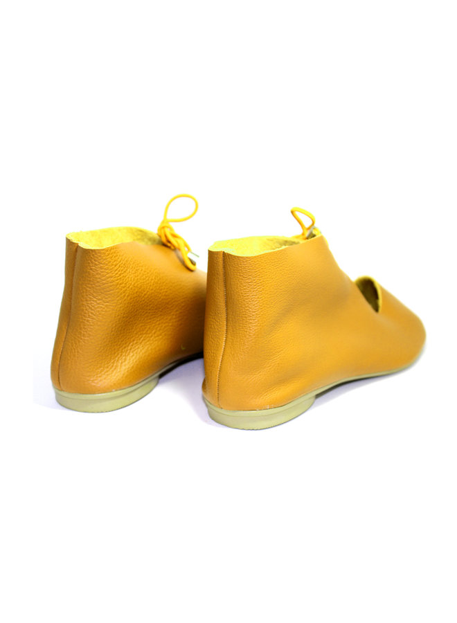 "SHOES ""NORA"" SOFT LEATHER - MUSTARD -  - BRASIL - VOLARE NEW COLLECTION"