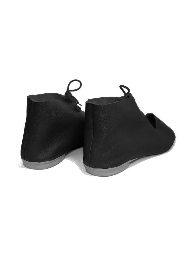 "SHOES ""NORA"" SOFT LEATHER - BLACK - BRASIL - VOLARE NEW COLLECTION"