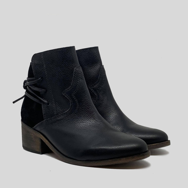 BOOTS 100% LEATHER HANDMADE FROM CHILE- BLACK
