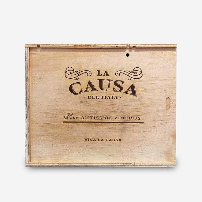 LA CAUSA - CUVÈE  CINSAULT/PAIS/CARIGNAN - 0,75L - 2014 - CHILE - HOLZBOX 6 FLASCHEN