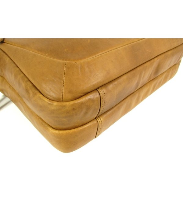Chesterfield 2 vaks business tas laptoptas SETH wax pull up Cognac