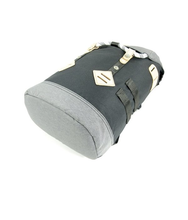Doughnut Colorado small rugzak schooltas Black x Grey