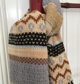 Gebreide Sjaal Hug Me  in zachte kleuren