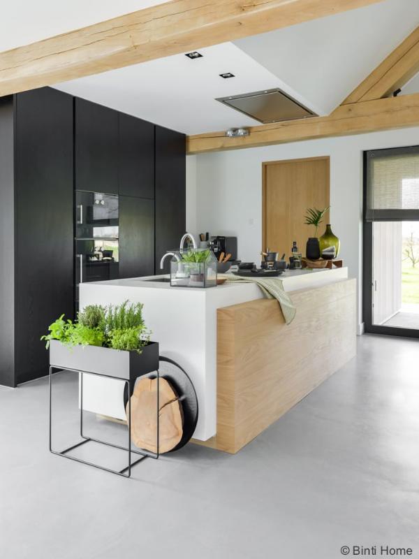 scandinavische-keuken-zwarte-inbouwspots