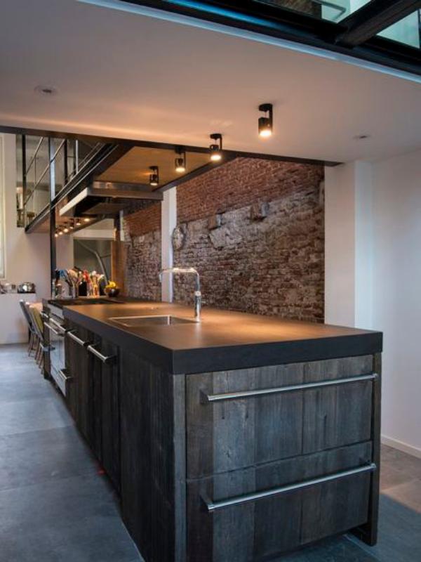 industriële-keuken-zwarte-inbouwspots