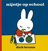 Dick Bruna, Nijntje op school