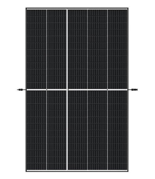 Trina Solar Trina Solar - Vertex Mono 400 Black White 1/3 Cut PERC (TSM-400DE09.08)