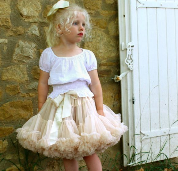 "Tutu ""mommy and me"" creme"