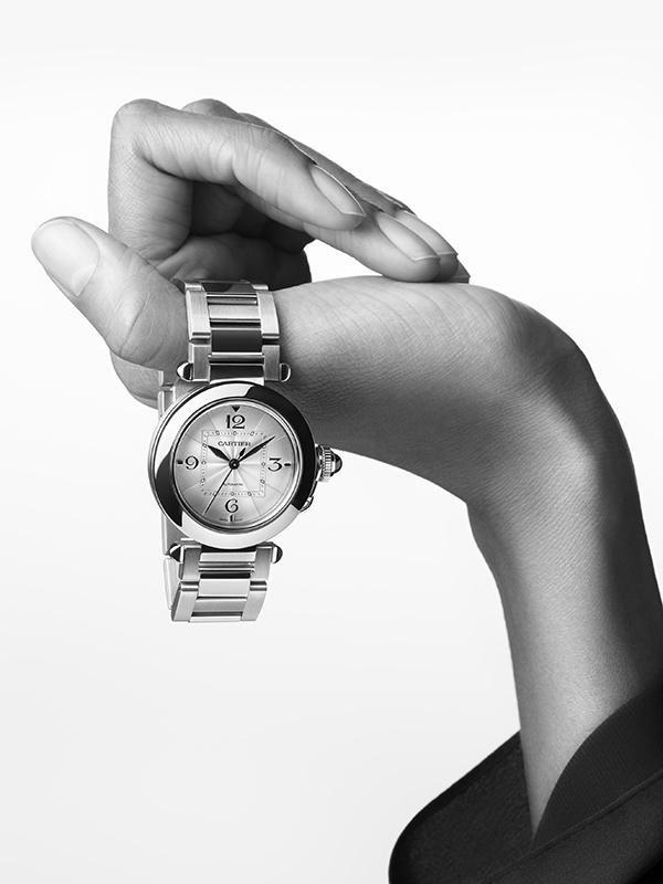 Hand 2 Pasha de Cartier