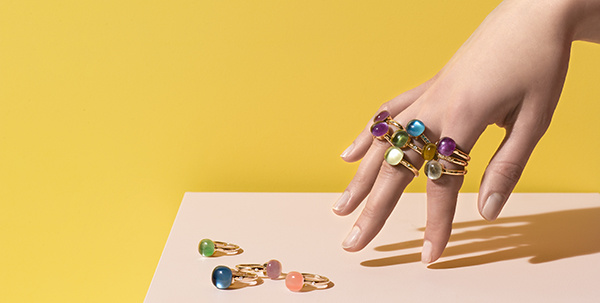 De fleurige sieraden van Bigli vol kleurstenen en 18 karaat goud