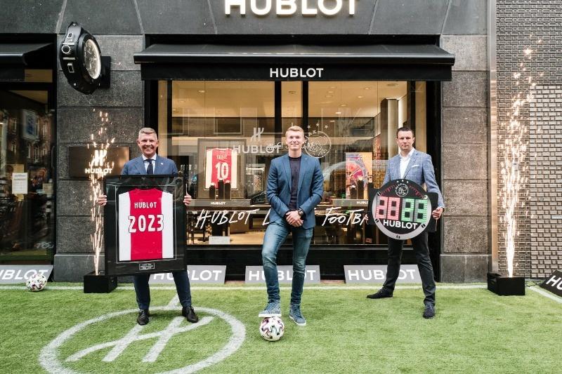 Hublot Official Timekeeper Ajax tot en met 2023! Bescheiden bekrachtigd in de Hublot Boutique te Amsterdam
