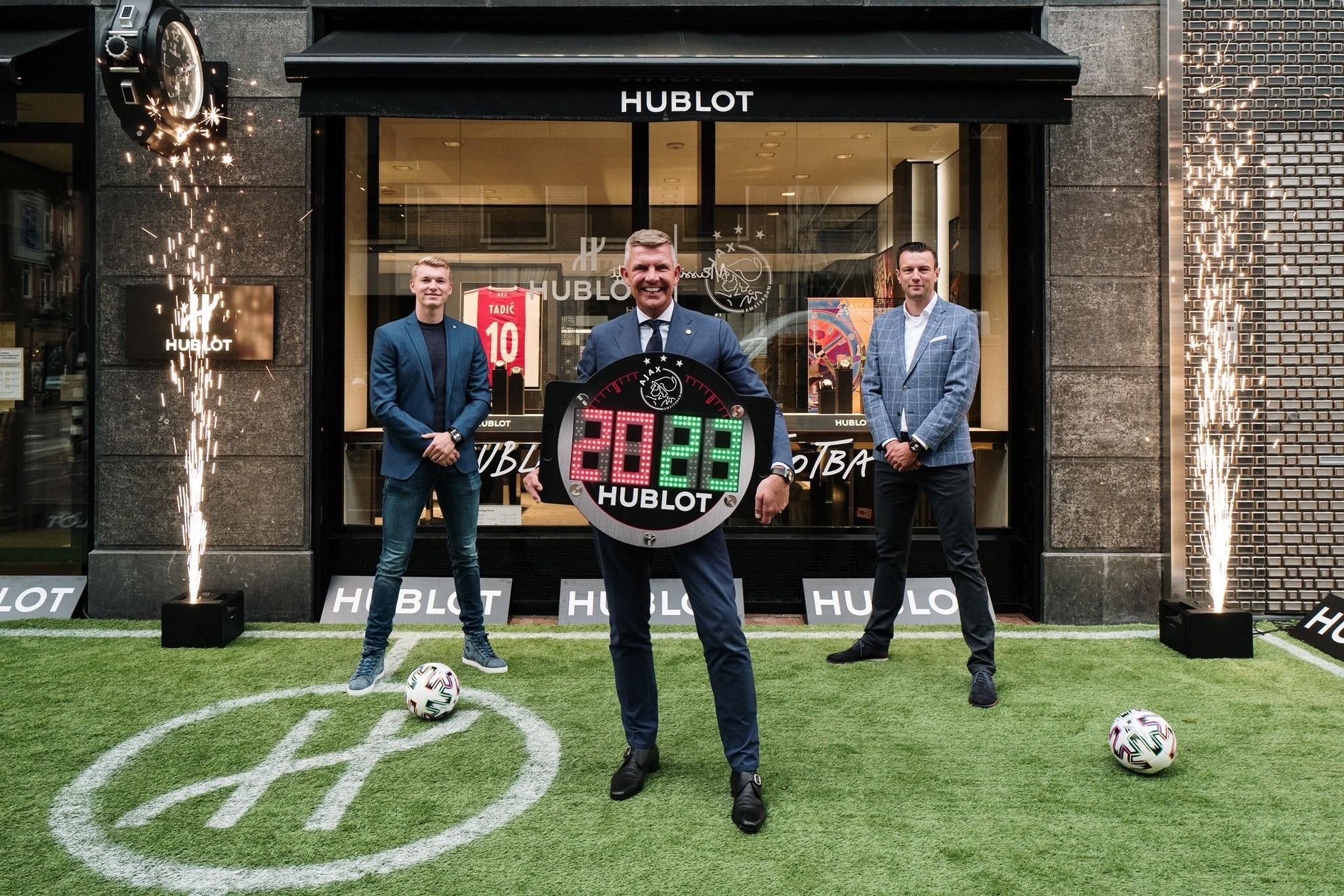 Hublot Boutique Schaap en Citroen Ajax Official Timekeeper