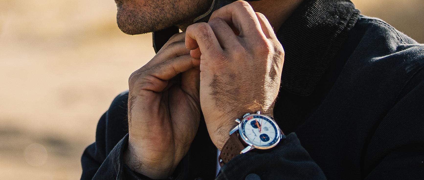 Koop nu het Breitling Top Time Deus horloge bij Schaap en Citroen, slecht 4 stuks beschikbaar!