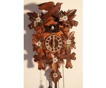 Hettich Uhren Kuckucksuhr 23cm mit Edelweiss Blumen handbemalt mit Quarzwerk  und automatischer Nachtabschaltung mit 12 verschiedene Melodien