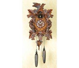 Trenkle Uhren Maravilloso reloj de cuco de 35cm de profundo tallado fabricado en la Selva Negra con impulsión de cuarzo y llamada de cuco con sensor de luz debajo de la esfera, en cuanto oscurece la llamada de cuco se apaga