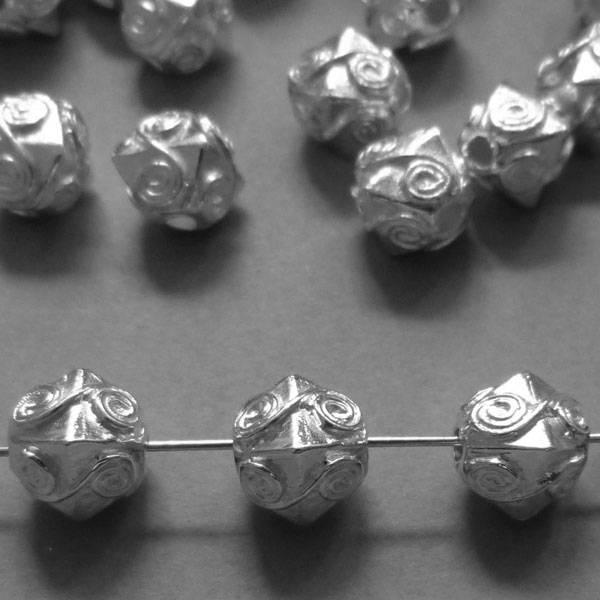 Perle versilbert - 11 mm