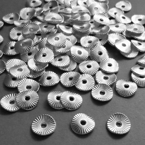 Metall Scheiben versilbert 10 mm - 1 VE
