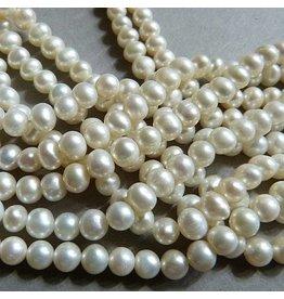 Zucht Perlen Strang 6 mm