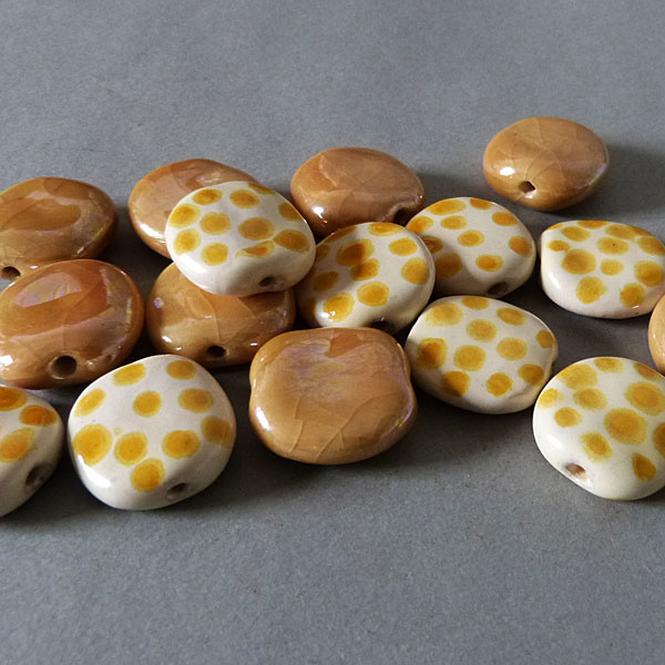 Kazuri Keramik Perlen - gelb - 1 VE