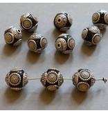 Kashmiri Perle 15 mm - schwarz