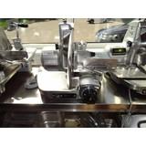 Berkel vleessnijmachine 834 occasion 3 maanden garantie. Alle machines zijn volledig gereviseerd.
