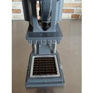 Renaud fritessnijder m/mesrooster 12x12mm compleet AWR-D