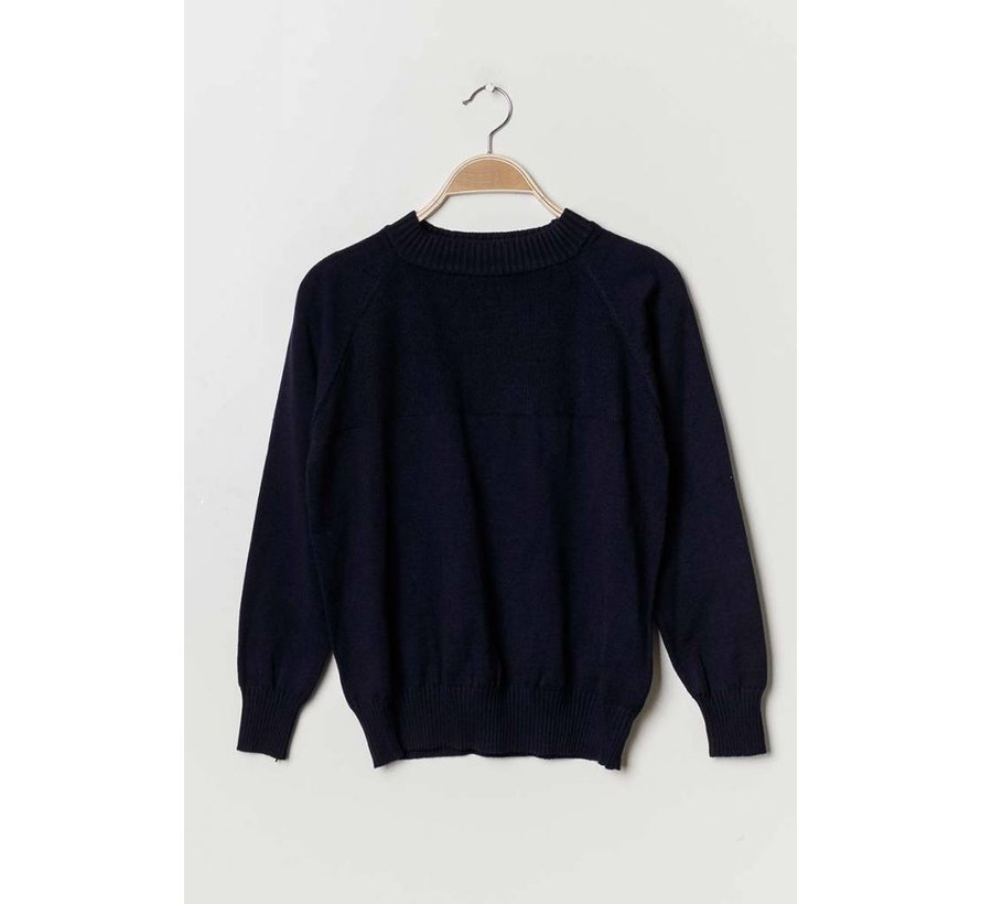 Chill Out In Navy