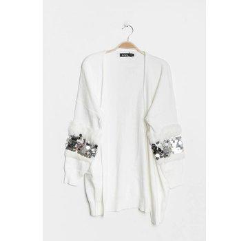 Fancy Sleeves White