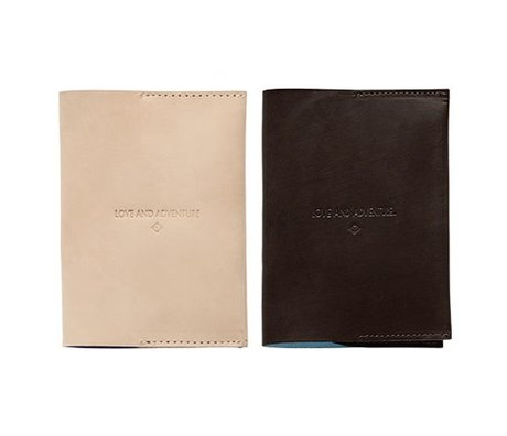 OYOY Passport Case donkertbruin leather 12,5x9cm
