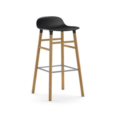 Normann Copenhagen Stuhlform schwarzer Kunststoff Eiche 75cm