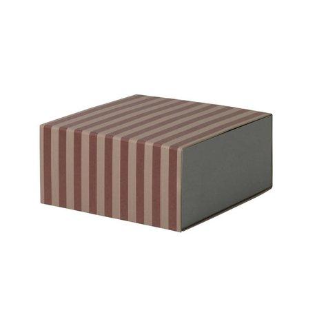Ferm Living Boîte de rangement carrée bourgogne 23x11,1x23cm en carton rose