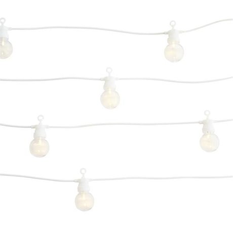 Madam Stoltz Light chain white plastic 8,5m 10 led