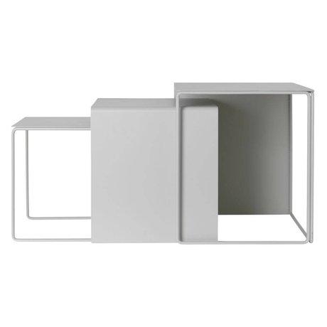 Ferm Living Table basse Cluster en métal gris clair lot de 3