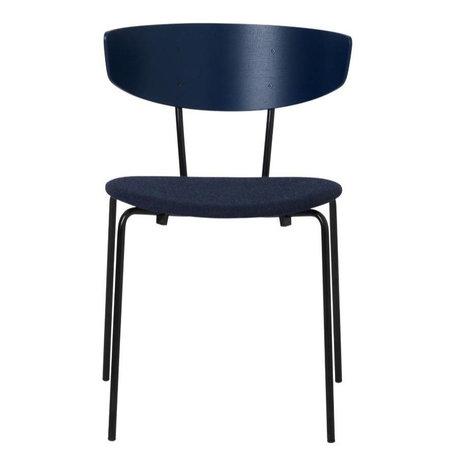 Ferm Living Esszimmerstuhl Herman gepolstert dunkelblau Holz Metall Textil 50x74x47cm