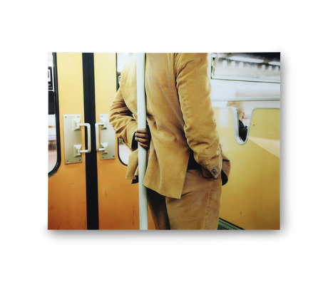 HK-living Gemälde Mann stehend in Straßenbahn gelb Plexiglas 105x80cm