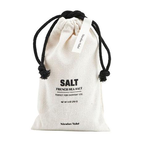 Nicolas Vahe Salz in Tüte aus cremeschwarzem Stoff