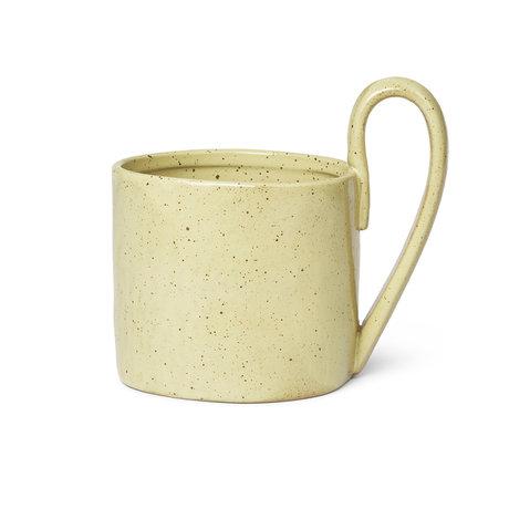 Ferm Living Becher Flow gelb glasiertes Porzellan 9x12x11cm