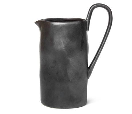 Ferm Living Jug Flow porcelaine émaillée noire 10x15x22cm