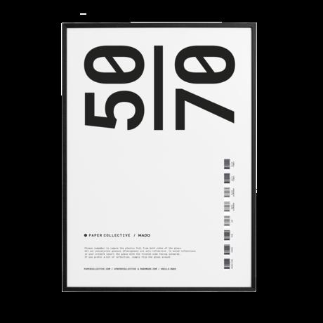 Paper Collective Fotolijst timber frame zwart grenen hout 50x70cm