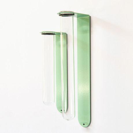 Groovy Magnets Magnetisch Bloemenvaasje Large Lichtgroen Glas Gepoedercoat staal 6,1x3,5x21,6cm