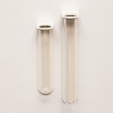 Groovy Magnets Magnetisch Bloemenvaasje Large Wit Glas Gepoedercoat staal 6,1x3,5x21,6cm
