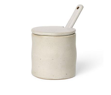 Ferm Living Pot Met Lepel Flow Speckle Gebroken Wit Porselein 8x7,5x8cm