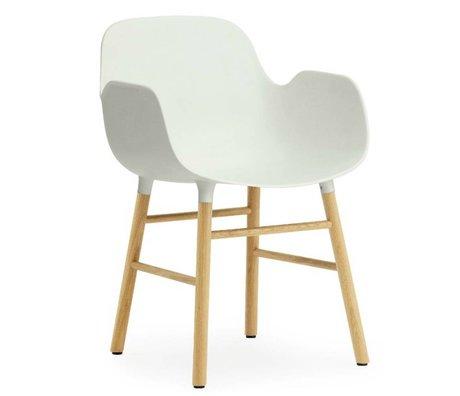 Normann Copenhagen Chaise en Forme de l'accoudoir bois de chêne plastique blanc 79,8x56x52cm