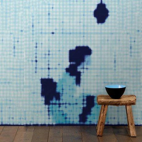 NLXL-Paola Navone Papier peint Geisha assis bleu 330x146.1cm (4.8 m2)
