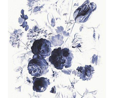 KEK Amsterdam Tapete Royal Blue Flowers I mehrfarbiges Vlies Papier 194,8x280cm