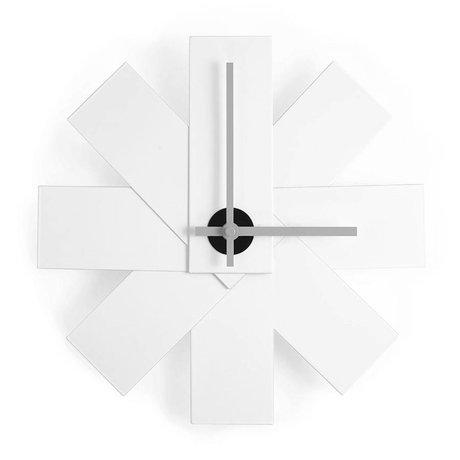 Normann Copenhagen Clock Watch me weiß Aluminium ø28,5cm
