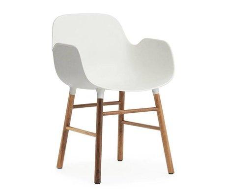 Normann Copenhagen Chaise avec accoudoirs Forme bois de noyer blanc en plastique 80x56x52cm